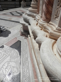 Duomo di Siena - external details 2