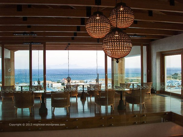 room overlooking the sea